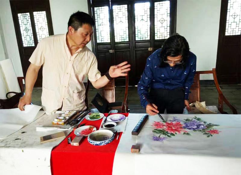 书画家邵斌和陈波交流创作