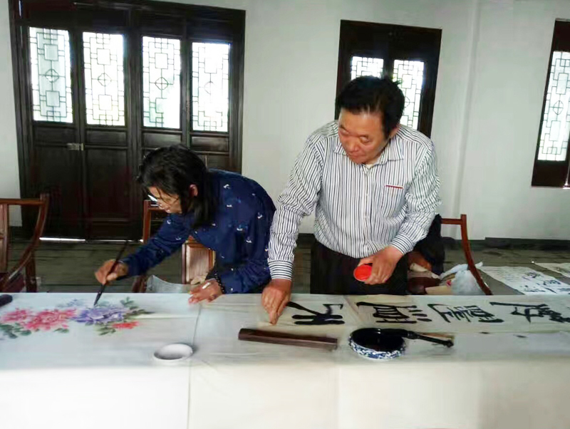 花鸟画名家邵斌和冯雪林老师同台创作